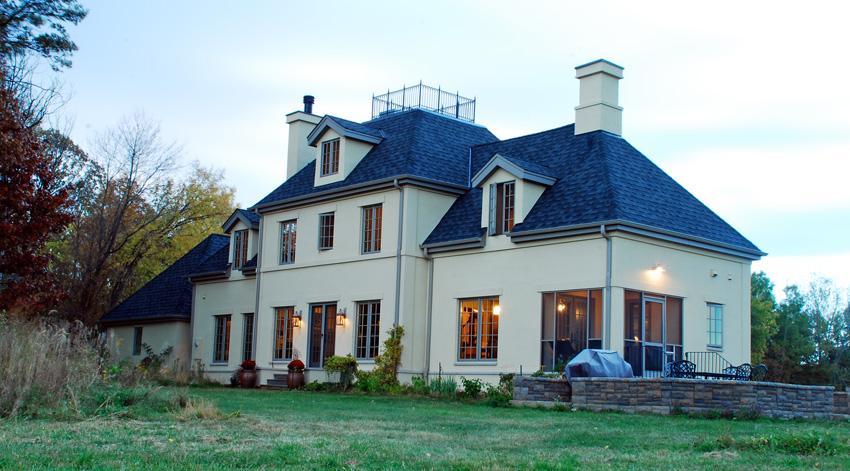 Wallin/Herrboldt Residence: Evening exterior